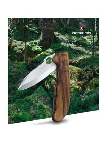 Victorinox - Multitool 130 mm with Locking Blade  - HUNTER PRO WOOD with Pouch | Blade Lock Pocket Knife 111mm